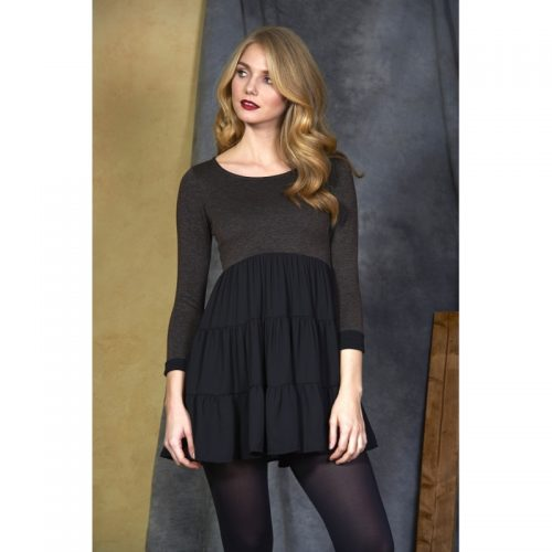 Vestido de color negro y manga larga