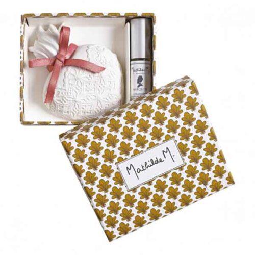 Cajita con corazón de escayola perfumado con aroma Marquise de Mathilde M.